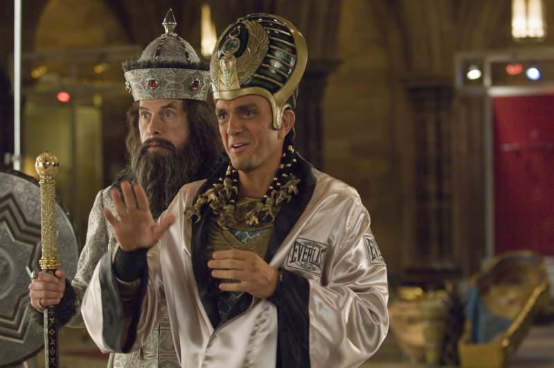 Christopher Guest e Hank Azaria in Una notte al museo 2: la fuga