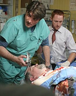 Goran Visnjic, Cott Grimes e Abraham Benrubi nella premiere della tredicesima stagione di ER - Medici in prima linea