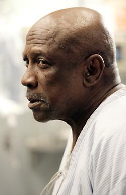 Louis Gossett Jr. nell'episodio 'The Family Man' della serie tv ER - Medici in prima linea