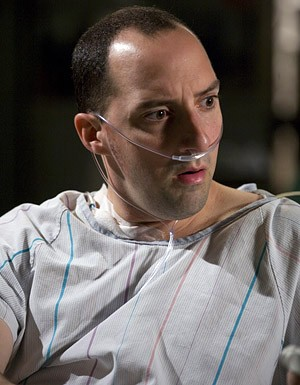 Tony Hale in una scena dell'episodio 'Life After Death' della serie tv ER - Medici in prima linea