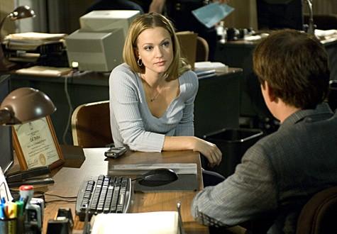 A.J. Cook nel fuolo di J.J. nella serie Criminal Minds, episodio: Il lascito