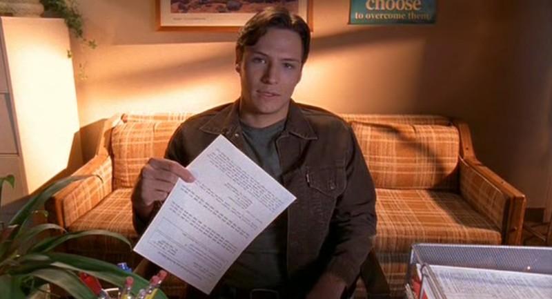 Nick Wechsler è Kyle Valenti nell'episodio 'Il bivio' di Roswell