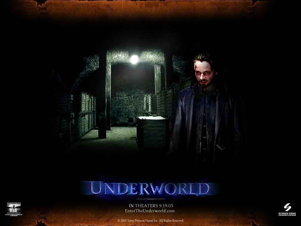 Un wallpaper di Michael Sheen nella parte di Lucian nel film 'Underworld'