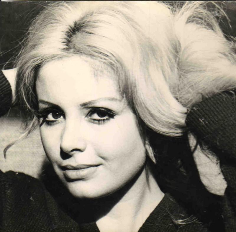 Una seducente immagine di Evi Farinelli