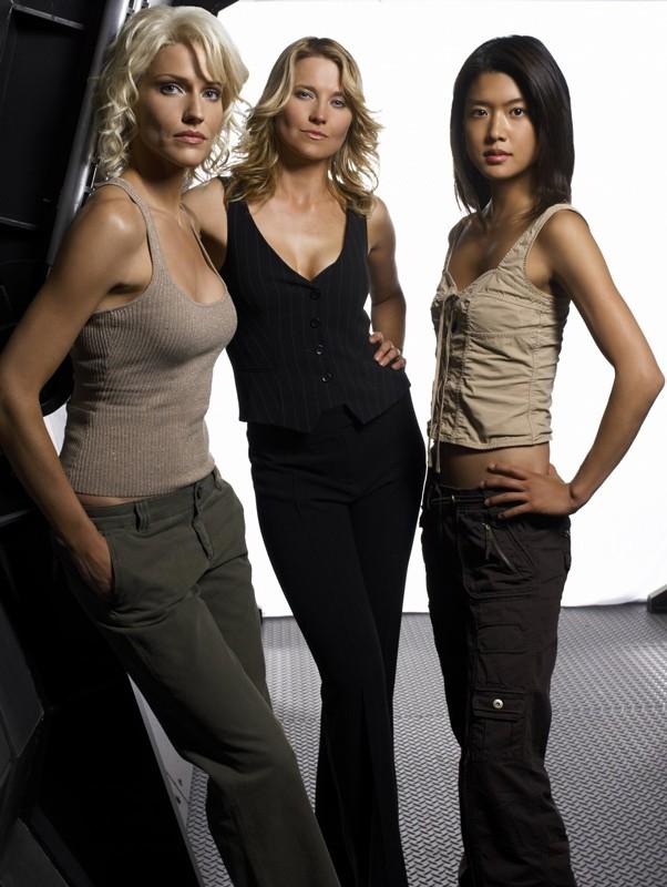 Tricia Helfer, Lucy Lawless e Grace Park per la terza stagione di 'Battlestar Galactica'