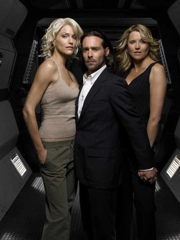 Tricia Helfer, Lucy Lawless e James Callis per la terza stagione di 'Battlestar Galactica'