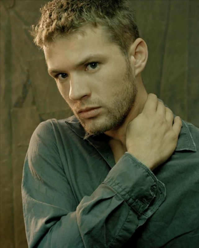 Lo sguardo intenso di Ryan Phillippe in una foto promo