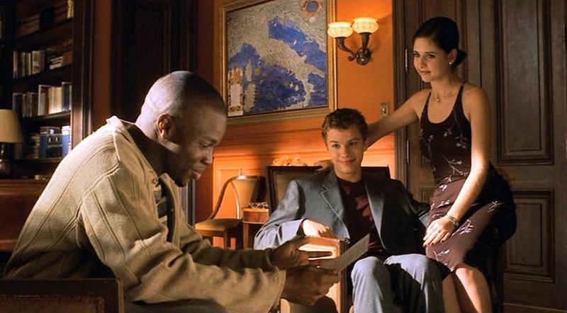 Sean Patrick Thomas, Ryan Phillippe e Sarah M. Gellar in una scena del film 'Cruel Intentions'