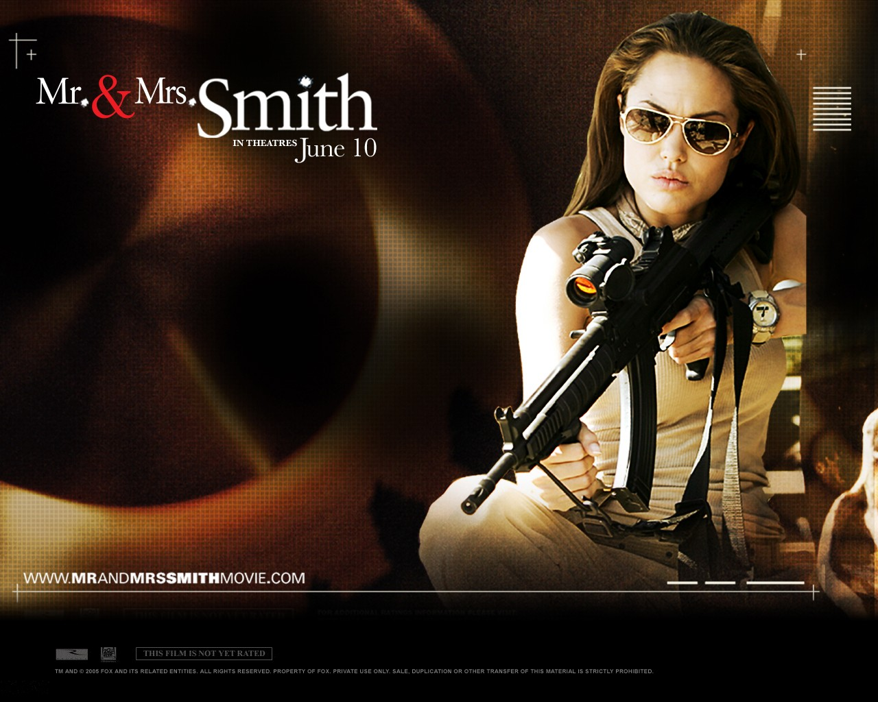 Wallpaper: Angelina Jolie nel film Mr. and Mrs. Smith