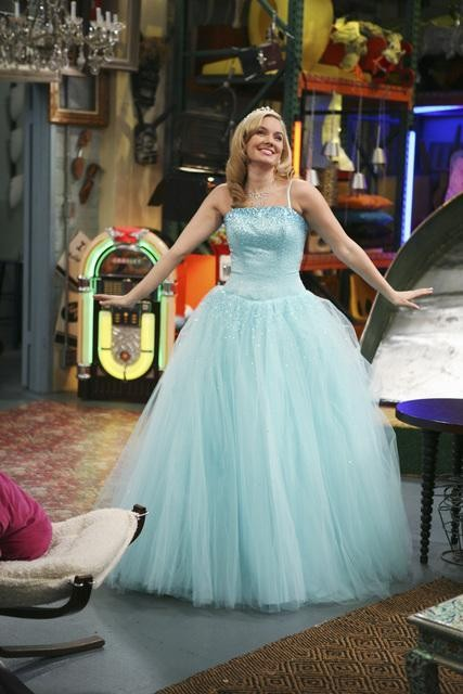 Tiffany Thornton nell'episodio Promises, Prom-Misses di Sonny tra le stelle