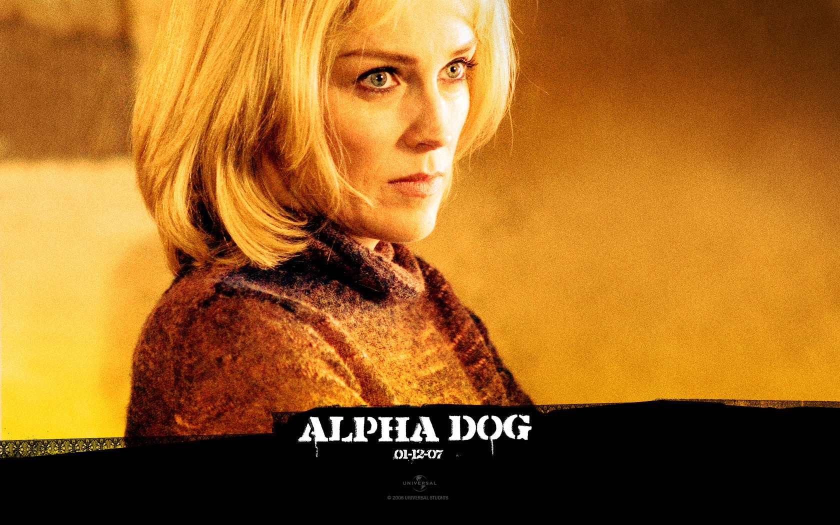 Un wallpaper di Sharon Stone nel film 'Alpha Dog'