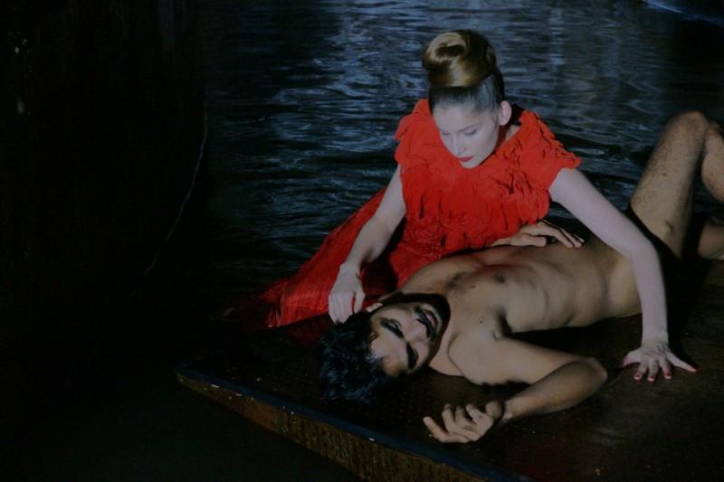 Laetitia Casta in una scena del film Visages, di Tsai Ming-Liang