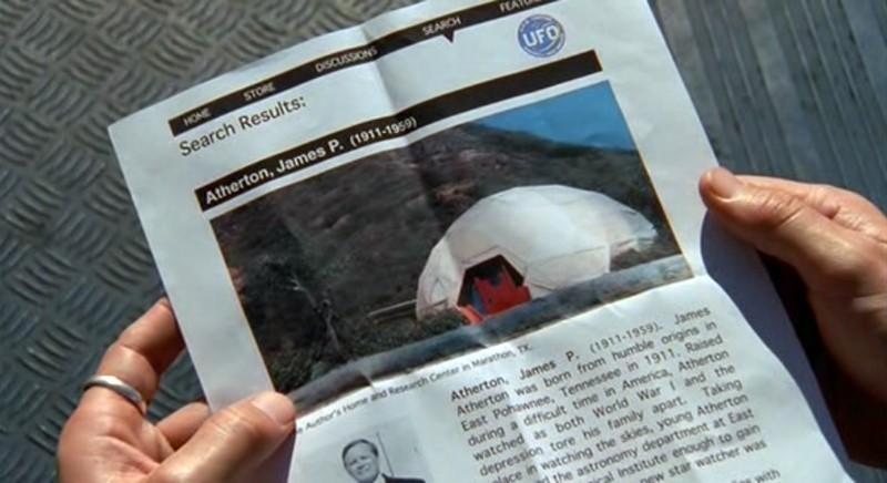 Informazioni sullo scienziato James Atherton nell'episodio 'Statale Sud 285' di Roswell