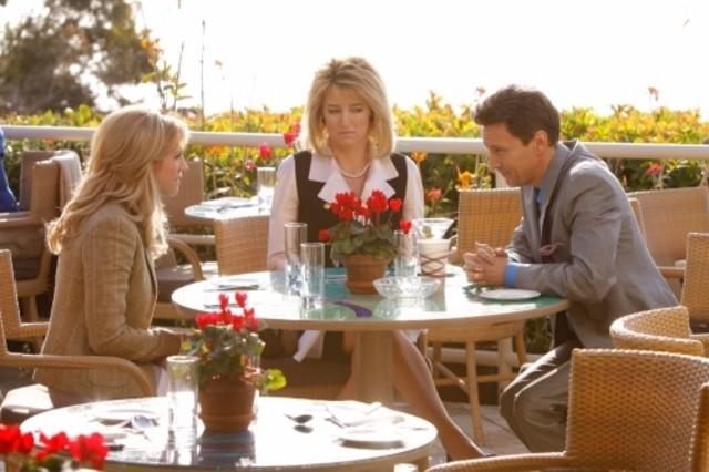 Le guest star Brittany Snow e Cynthia Watros con Andrew McCarthy nell'episodio Valley Girls di Gossip Girl