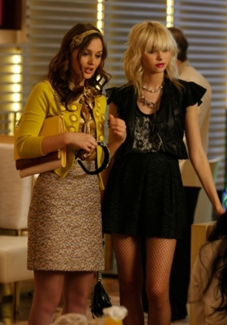 Leighton Meester e Taylor Momsen nell'episodio The Goodbye Gossip Girl di Gossip Girl