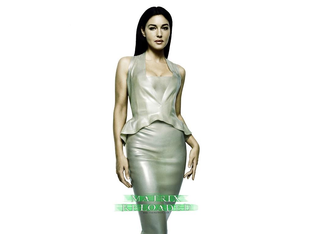 Wallpaper: Monica Bellucci è Persefone nel film 'Matrix Reloaded'