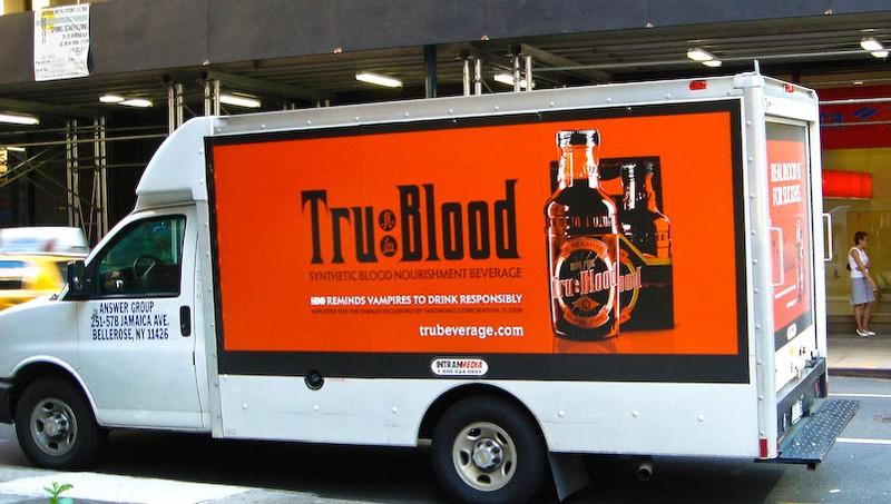 Campagna promozionale di tipo virale per la serie 'True Blood'
