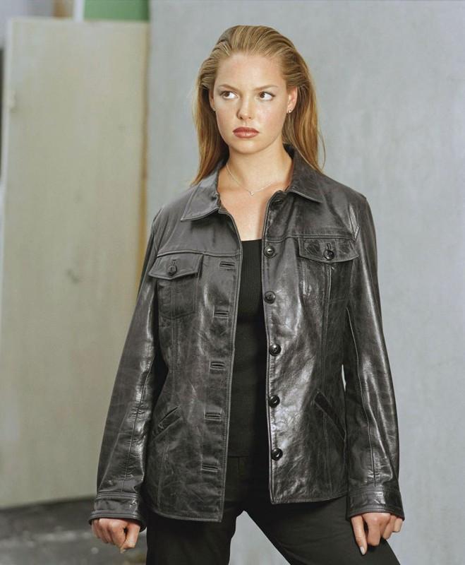 Uno scatto promo di Katherine Heigl per la 1 stagione di 'Roswell'