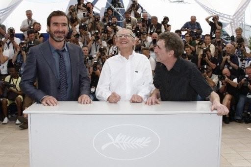 Cannes 2009: Eric Cantona, Steve Evets e Ken Loach presentano il film Looking for Eric