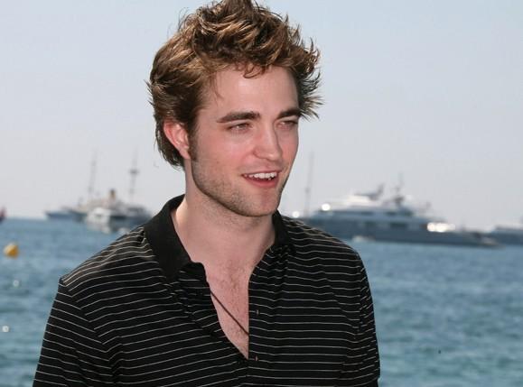 Cannes 2009:  tra le star in arrivo c'è anche Robert Pattinson, il fascinoso Edward di Twilight