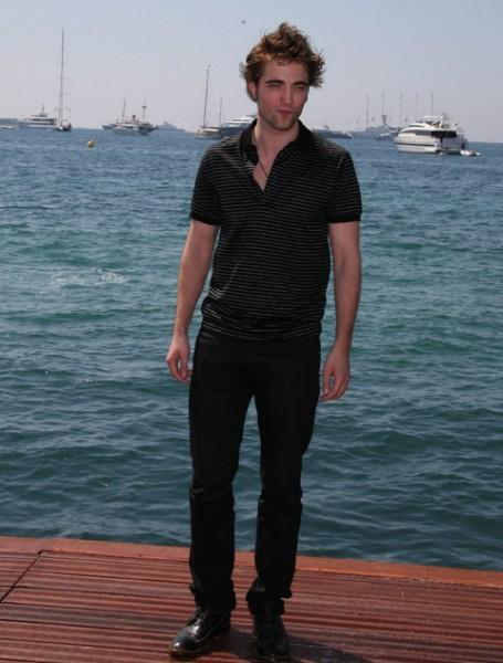 Cannes 2009:  tra le star in arrivo c'è anche Robert Pattinson, il vampiro di Twilight