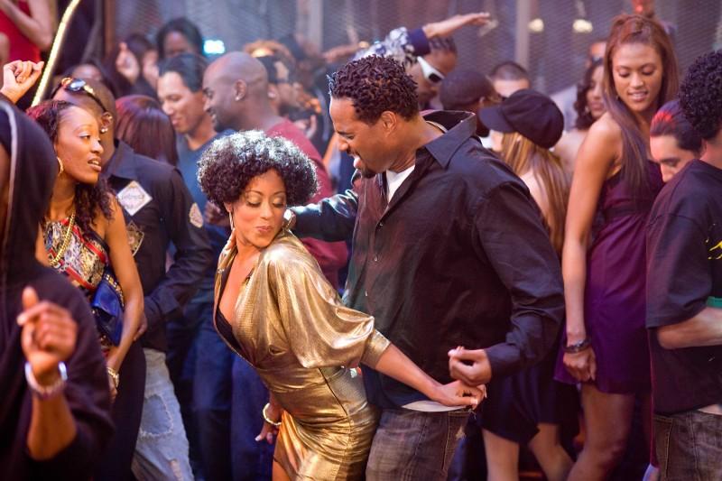Essence Atkins e Shawn Wayans in una scena del film Dance Flick