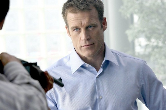 Mark Valley è Christopher Chance nella serie TV Human Target