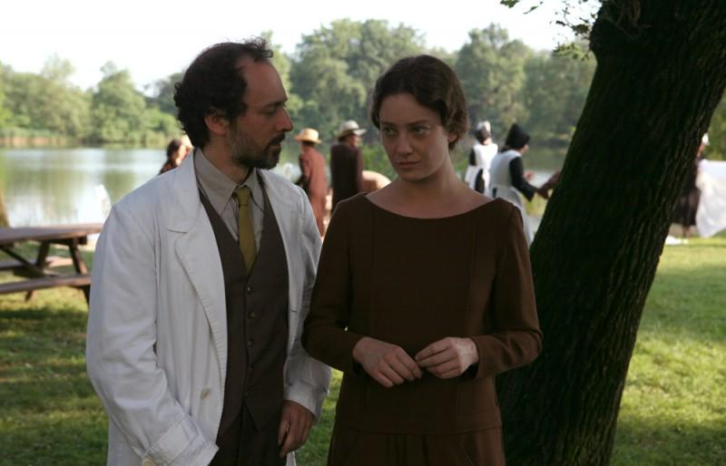 Rodolfo Tabasso e Giovanna Mezzogiorno in una sequenza del film Vincere