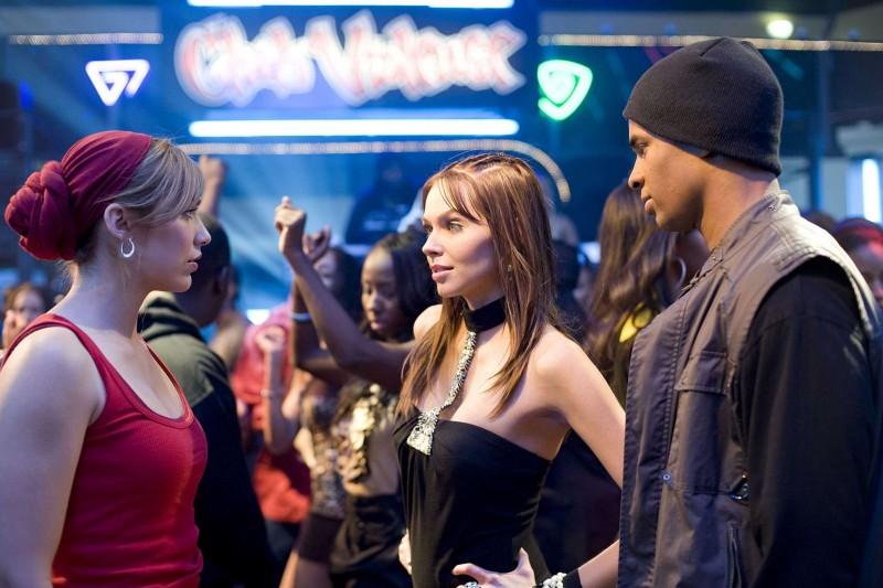 Shoshana Bush, Christina Murphy e Damon Wayans Jr. in una scena del film Dance Flick