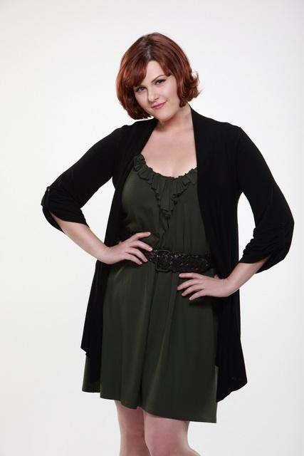 Sara Rue è Penny nella serie TV Eastwick