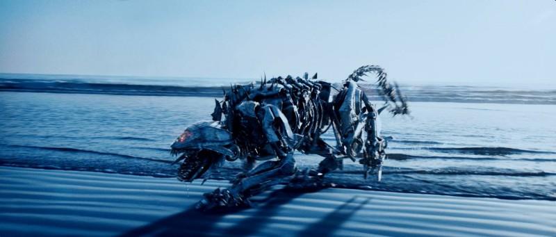 Una scena di Transformers - La vendetta del caduto