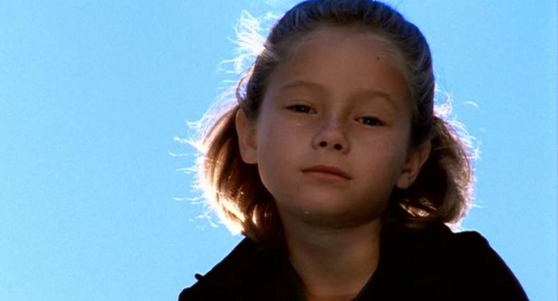Zoe K. Nutter è Isabel Evans da piccola nella serie Roswell