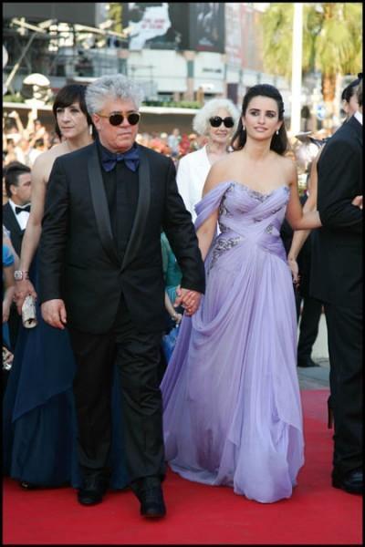 Cannes 2009: Pedro Almodovar con Penelope Cruz, splendida diva del suo Los Abrazos Rotos