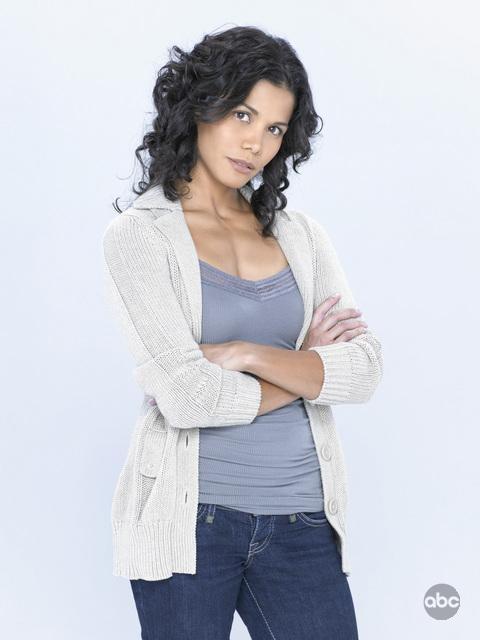 Lourdes Benedicto è Valerie Holt nella nuova serie V