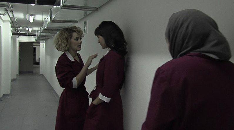 Marina Rocco e Valeria Solarino in un'immagine del film Valzer