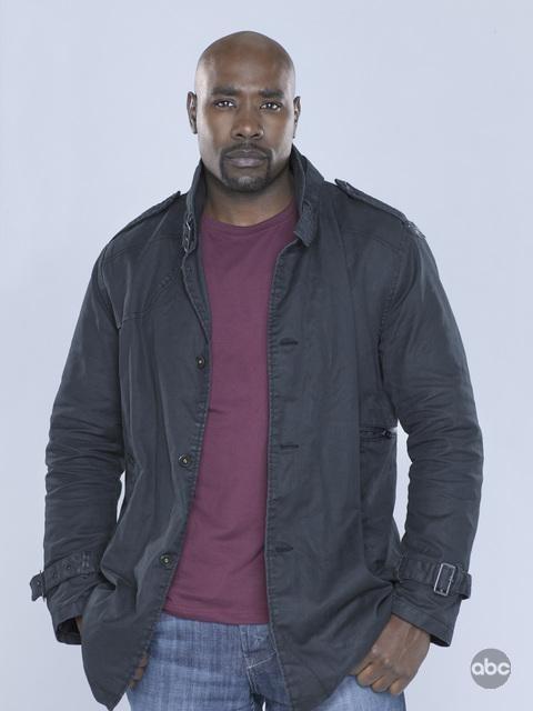Morris Chestnut è Ryan Nichols nella nuova serie V