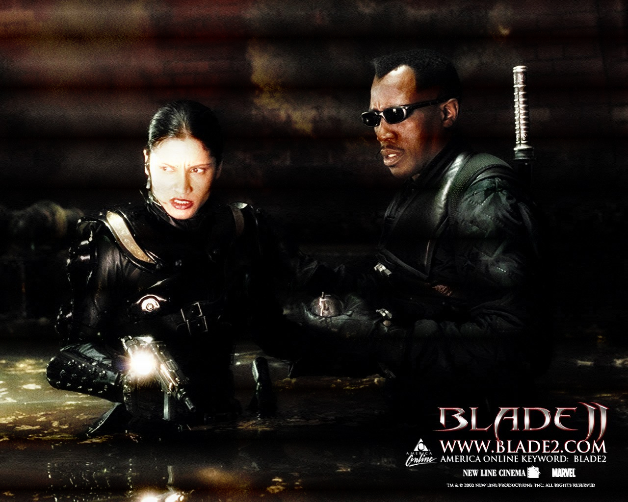 Un wallpaper del film Blade II con Wesley Snipes e Leonor Varela