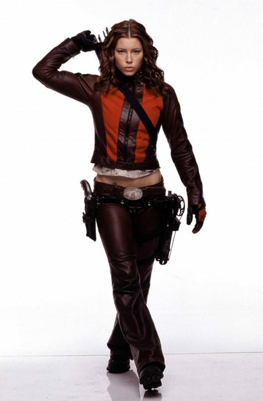 Una foto promo di Jessica Biel per il film 'Blade: Trinity'