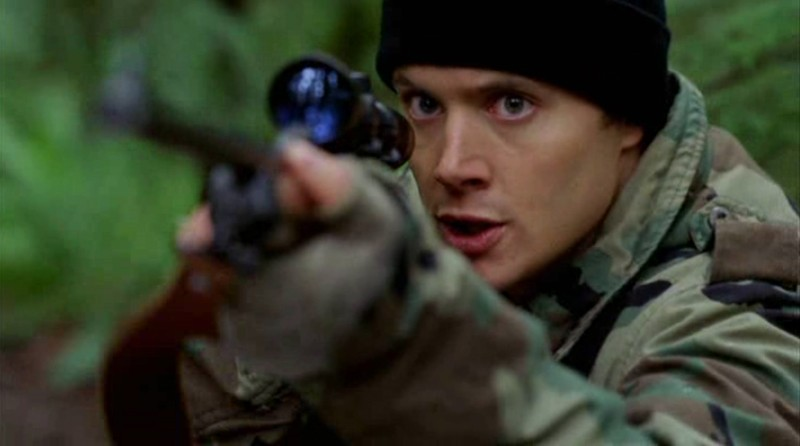 Jensen Ackles interpreta Jake Gray nel film 'Devour'