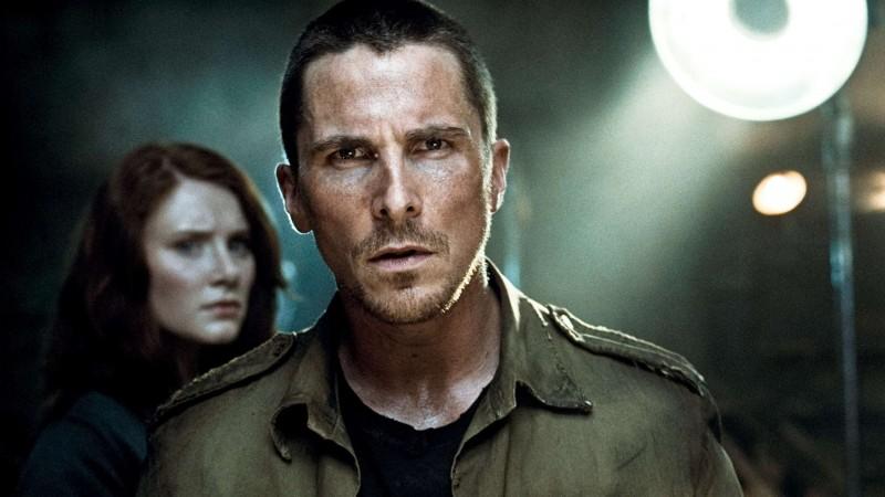 Bryce Dallas Howard e Christian Bale in una scena del film Terminator Salvation