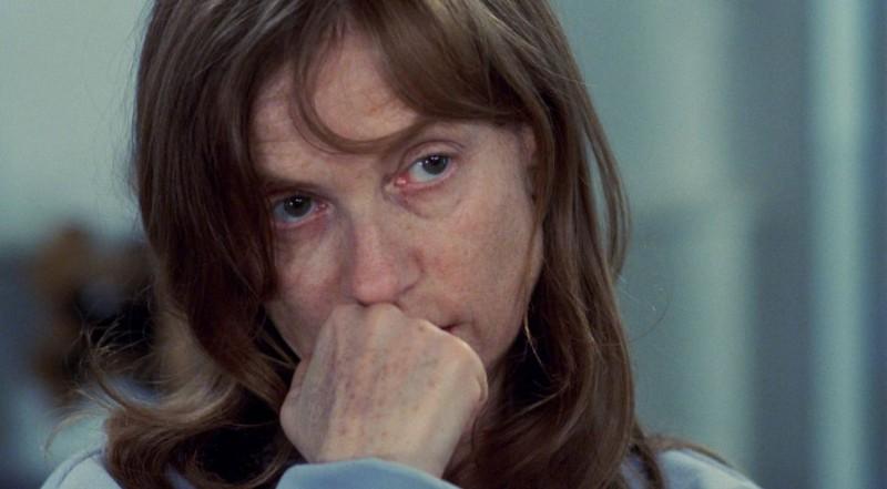 Isabelle Huppert interpreta Danielle nel film L'amore nascosto
