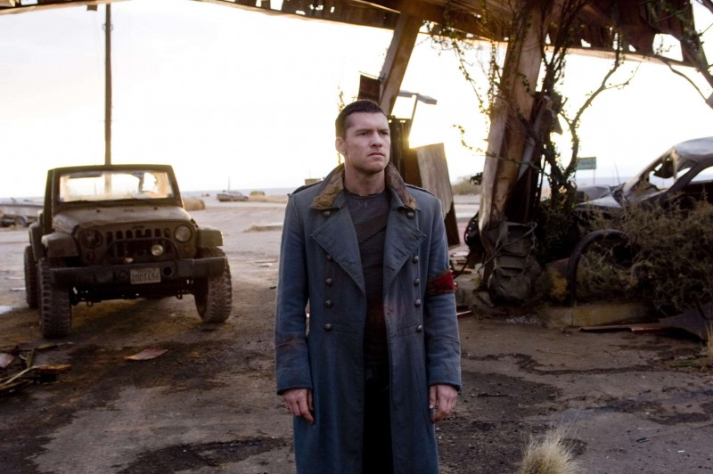 Sam Worthington in una sequenza di Terminator Salvation