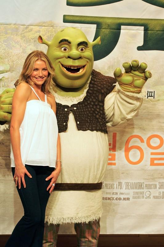 Cameron Diaz e Shrek per la promozione del film 'Shrek the Third' in Korea