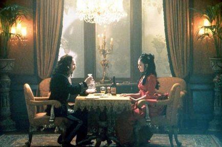 Gary Oldman e Winona Ryder in una scena di Dracula di Coppola