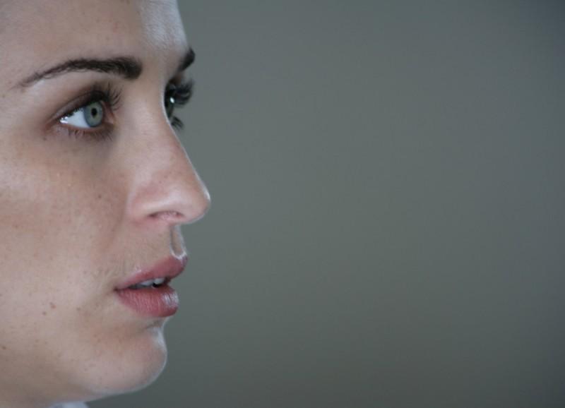 Vicky McClure in un'immagine del film Sacro e profano