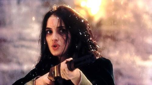 Winona Ryder in una scena di Dracula di Bram Stoker