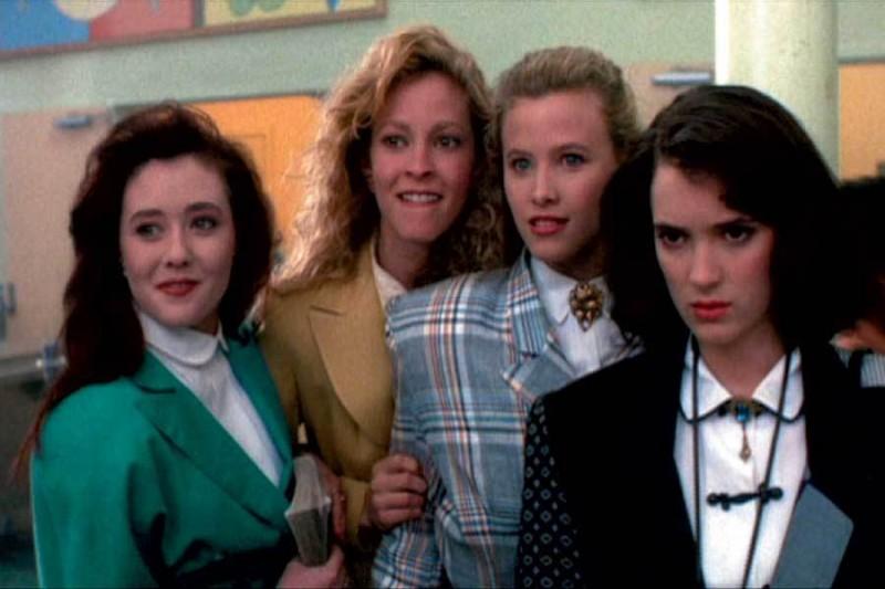 Winona Ryder, Kim Walker, Lisanne Falk e Shannen Doherty in Scheggie di follia