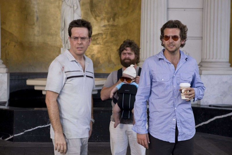 Ed Helms, Zach Galifianakis e Bradley Cooper in un'immagine del film Una notte da leoni