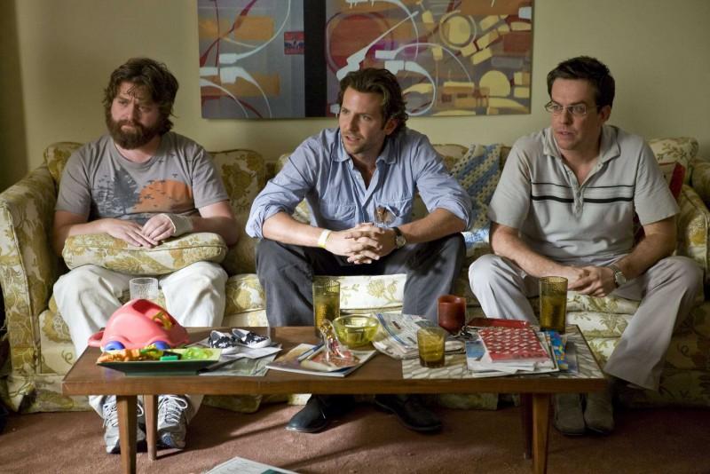 Zach Galifianakis, Bradley Cooper e Ed Helms in una sequenza del film Una notte da leoni