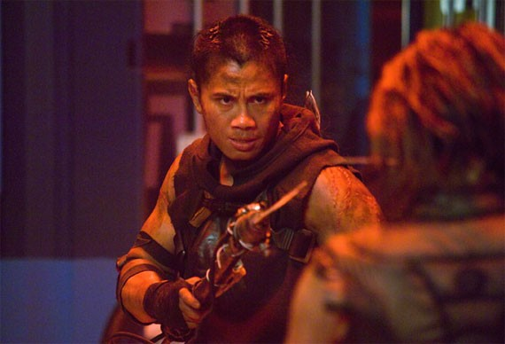 Cung Le in Pandorum